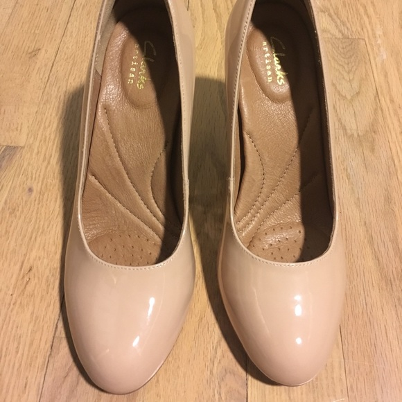 8f99e9e6346c Clarks Shoes - Clarks Artisan Heavenly Star Nude Pumps— Woman s 7